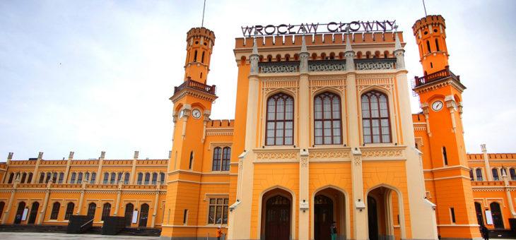 Rynny i obróbki blacharskie na Dworcu Wrocław Główny